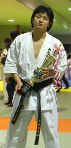 Norihiro Yoshida, Karate Syuwa Kaikan, which is derived of Kyokushin. http://syuwakarate.jimdo.com